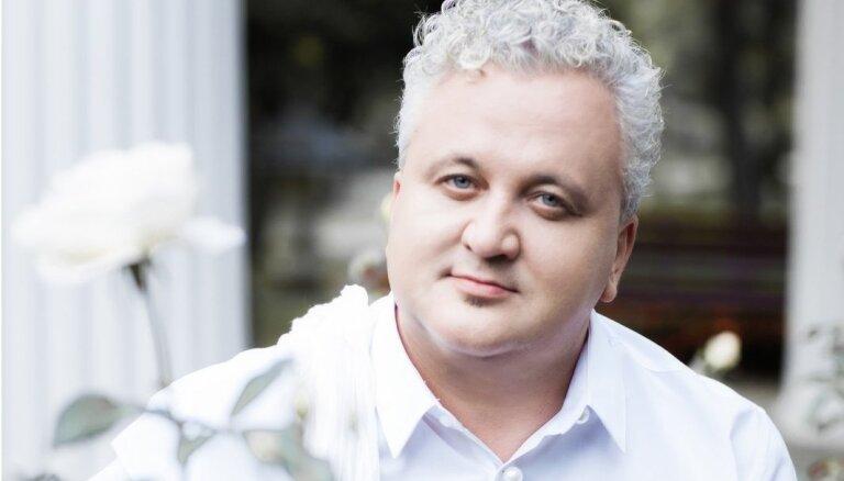Rīgas Domā skanēs 'Ave Maria' kontrtenora Sergeja Jēgera izpildījumā