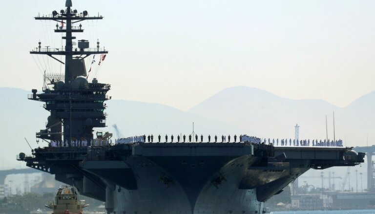 "Пентагон получил сигнал SOS с авианосца ""Теодор Рузвельт"": у более 100 моряков коронавирус"