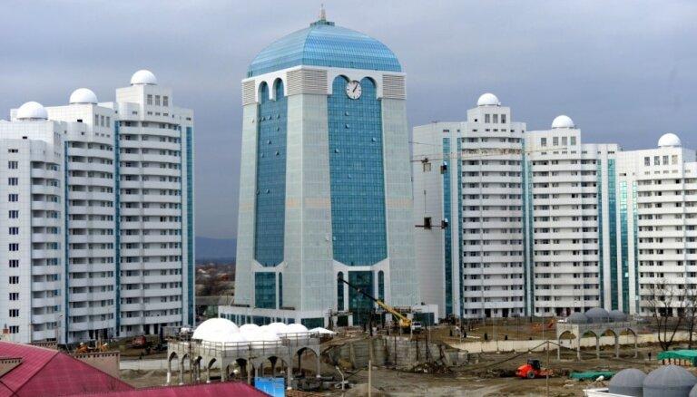 ФОТО: В чеченском городе Шали возвели район высоток и большую мечеть