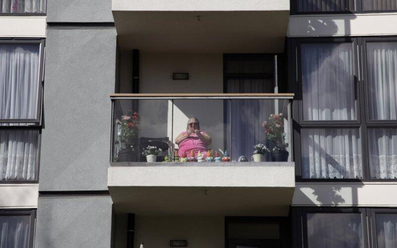 Депутаты выступили против курения на балконе прибалтика в ми.