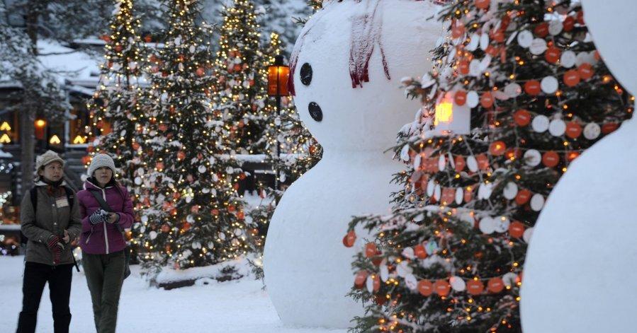 Laiks ceļojumam uz Ziemassvētku vecīša galveno māju - Rovaniemi ciemā Lapzemē - DELFI