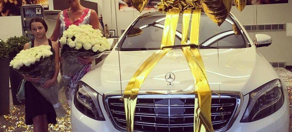 Стоимость авто в подарок