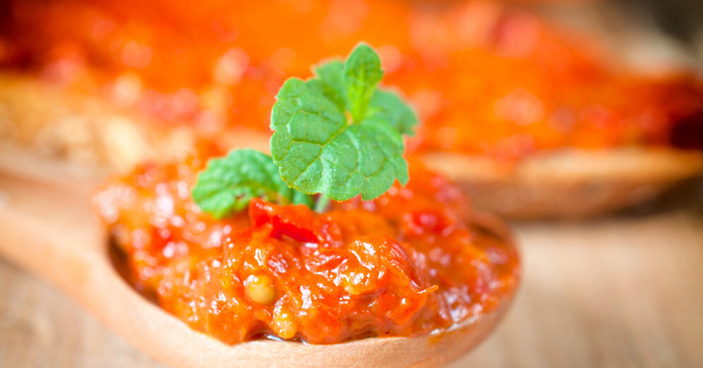Салат к мясу рецепт с на зиму