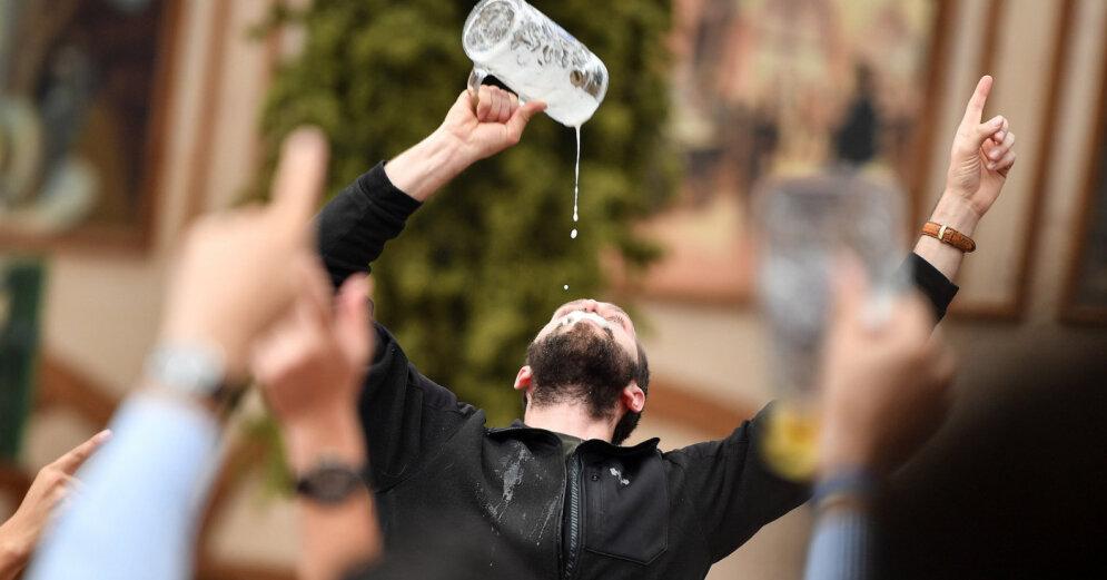 Войны не будет - эстонский премьер об акцизе на алкоголь