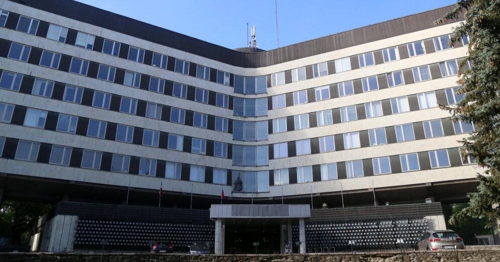 Собственники обещают провести реновацию фасада развалины на ул. Марияс