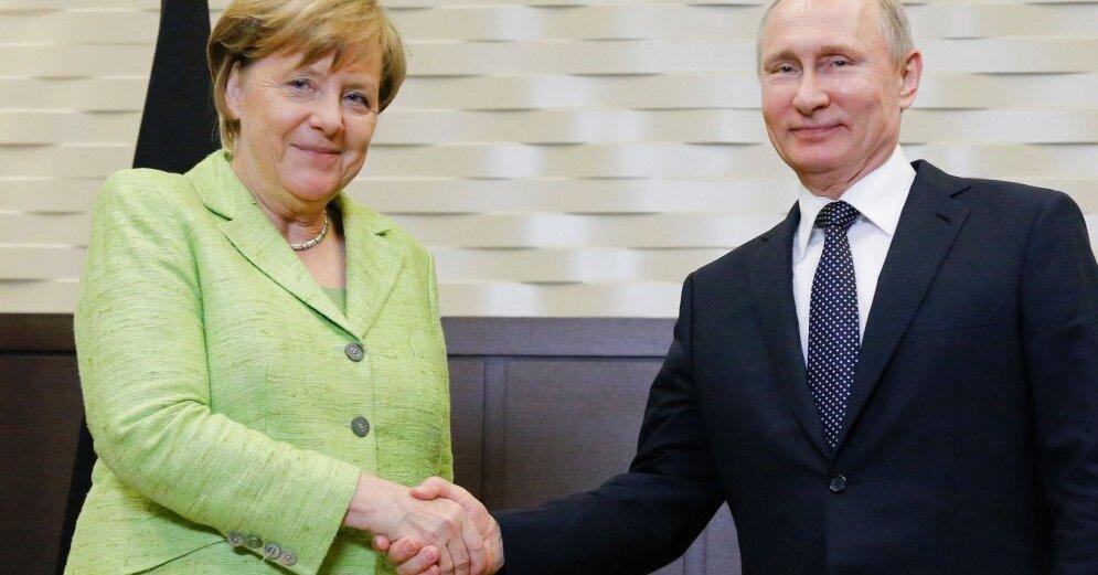 Путин и Меркель обсудили по телефону ситуацию в Идлибе и на Донбассе