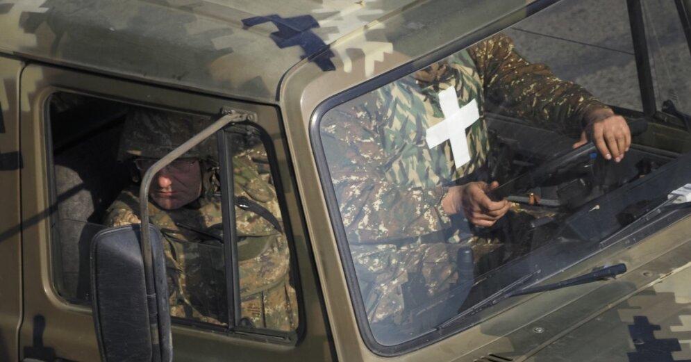 В Нагорном Карабахе открываются школы и больницы после ввода миротворцев из России - видео