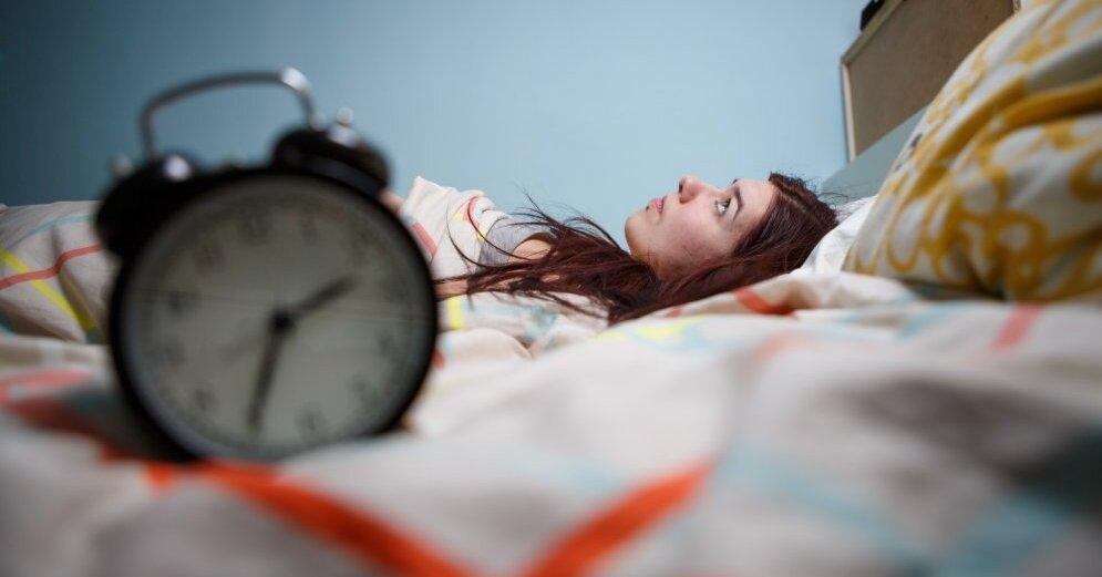 Несколько хитростей, как научиться спать на спине по ночам