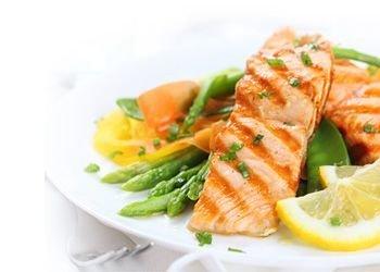 Zivju un jūras produktu ēdieni