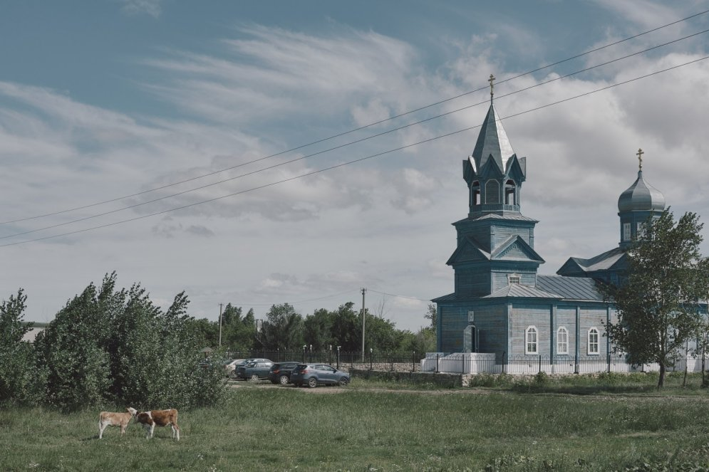 Parīze, Berlīne, Varšava – ciemati, kas atrodas... Krievijā