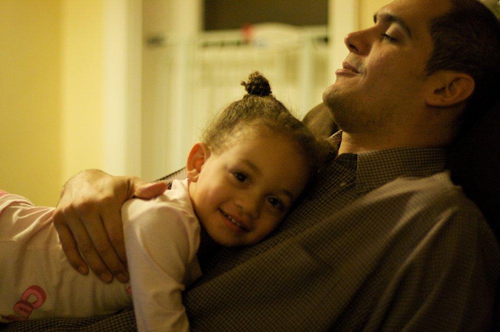 Девочка с отцом сексом