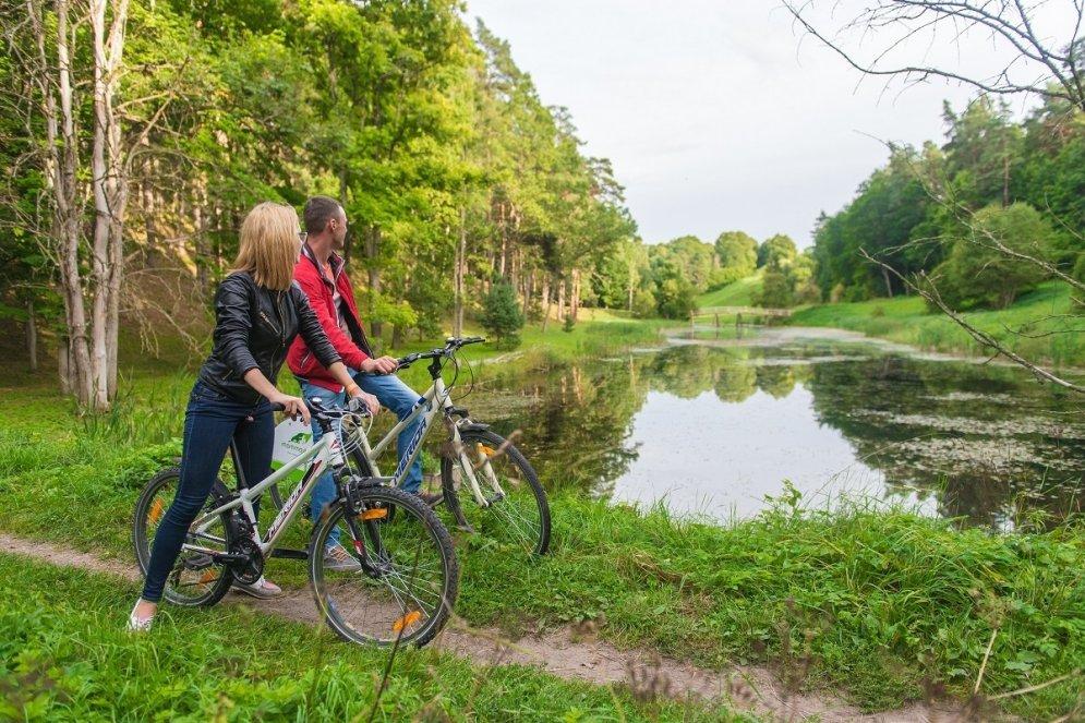 Sporto mežā: Sešas aktīvās atpūtas iespējas mežā