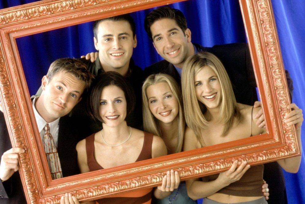 Jau 21 gads kopš seriāla 'Draugi': kā mainījušās aktieru sejas