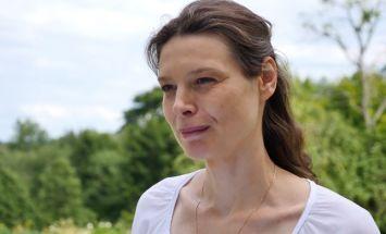Liene, Kandava: Pats sevi dzen vāveres ritenī